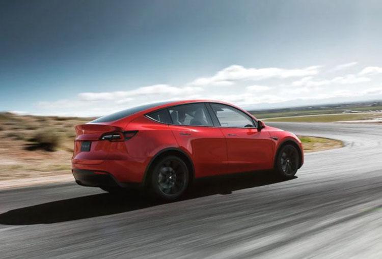 Tesla произвела и продала рекордное число электромобилей за третий квартал