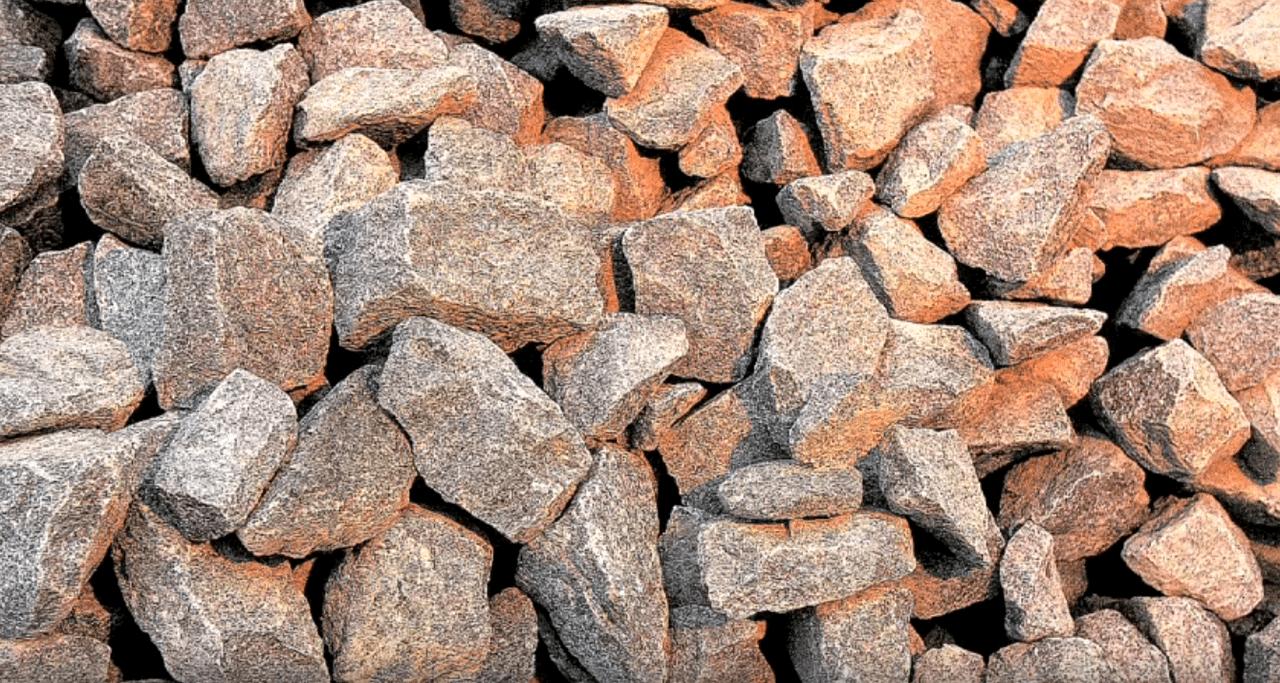 Базальт — сырье для производства теплоизоляции.