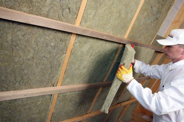 Базальтовая вата не выделяет опасную пыль.