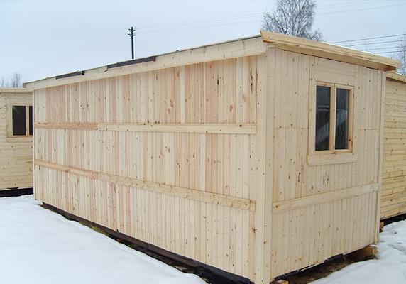 Деревянные утепленные бытовки — это полноценное место для временного жилья.
