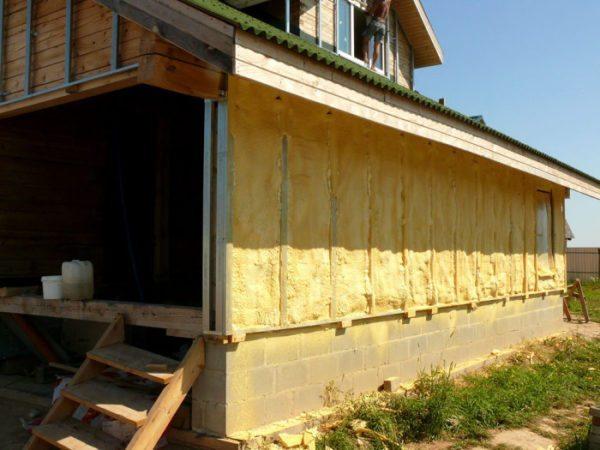 Дешевый и эффективный метод утепления стен.