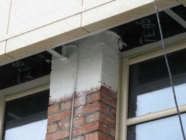 Для фасадных работ используется специальный состав с повышенной паропроницаемостью