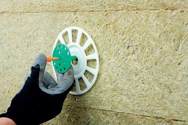 Для хрупких материалов есть дополнительные увеличители прижимной части