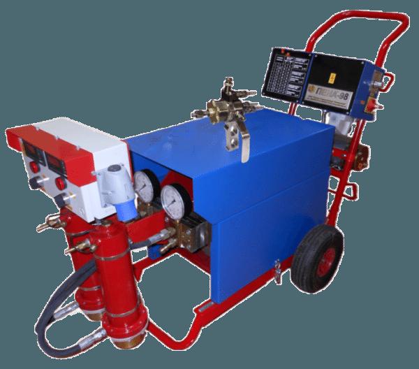 Для напыления пенополиуретана требуется дорогостоящее оборудование