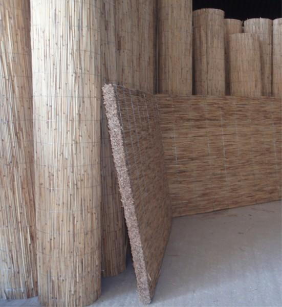 Фото камышовых матов - популярного органического утеплителя