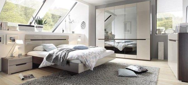 Набор модульной мебели для мансардной спальни