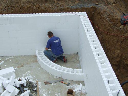 Изготовление дома из пенополистирольных блоков