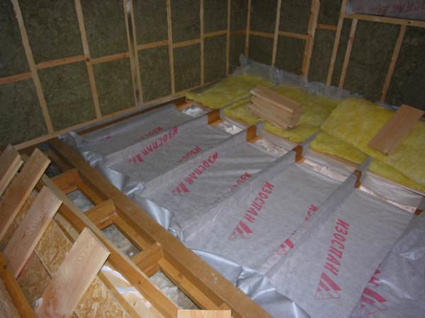 Изоспан В – эффективное сохранение теплосберегающего материала