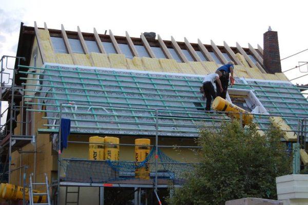 Изовер серии Профи можно использовать для утепления скатных крыш