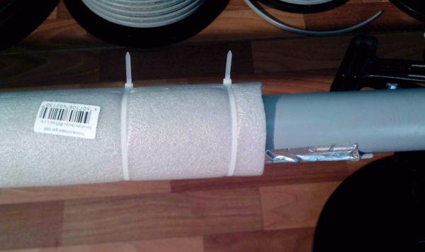 Кабель не даст канализации замерзнуть при минимальном расходе стоков, а теплоизоляция сократит до минимума теплопотери.