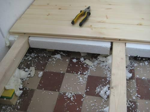 Как лучше утеплить пол на первом этаже под деревянный пол