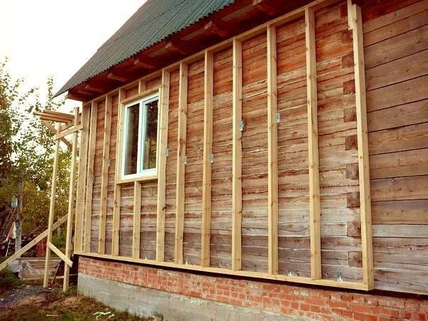 Каркас из бруса для утепления стен деревянного дома