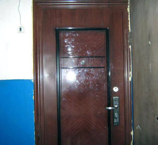 Китайские входные двери – дешево и сердито
