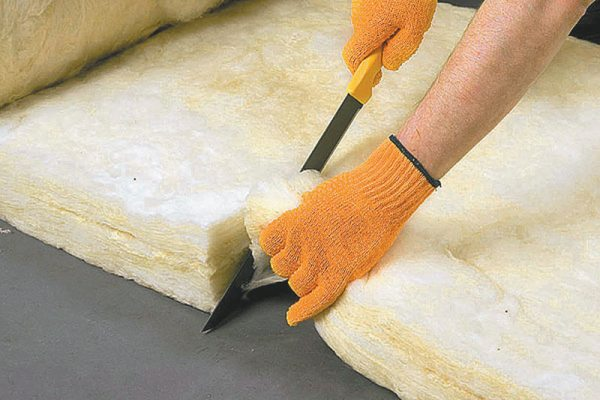 Легкие составы лучше сохраняют тепло и проще обрабатываются