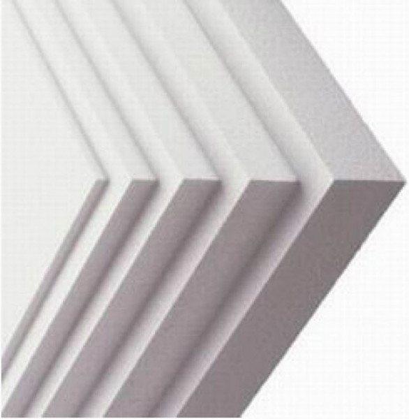 Листы пенопласта различной толщины.
