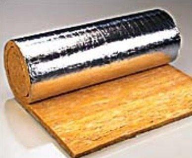 Любительское фото минеральной ваты в рулонной форме на основании из отражающего материала