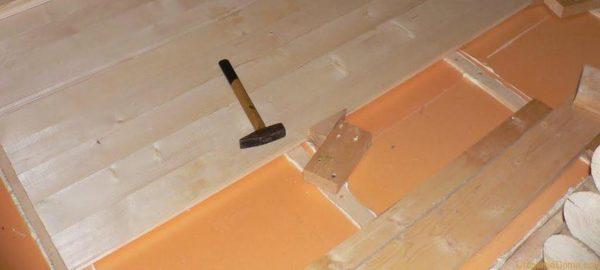 Материал можно использовать как в квартире, так и в деревянном доме
