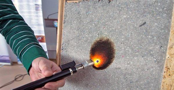 Материал отлично проходит тесты на горючесть