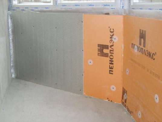 Материал подходит не только для стен, но и для балконов и лоджий