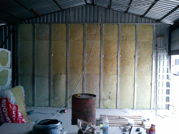 Металлокаркас на примере утепления гаража