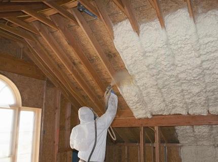 Минимальная теплопроводимость и отличные герметические показатели позволяют использовать данный материал даже для утепление мансард и крыш