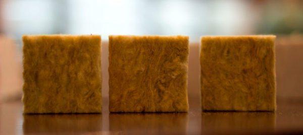 Минвата включает три разных вещества: стекловолокно, базальт, шлаки.