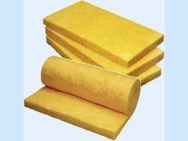 Минвату можно приобрести в рулоне или в плитах