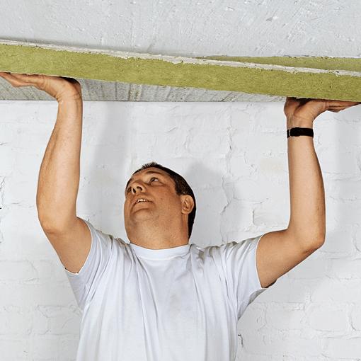 Утепление стен пенофолом изнутри: правила монтажа и свойства материала
