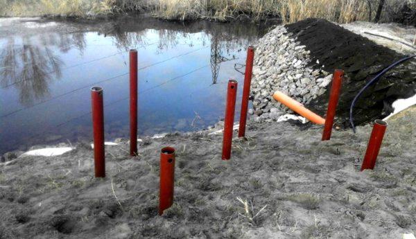 Можно монтировать фундамент и на обводненных, и на насыпных грунтах