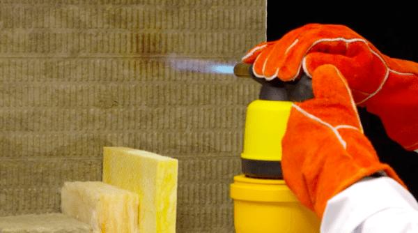 Низкая горючесть минеральной ваты — одно из главных ее достоинств