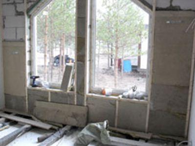 Нужно ли утеплять стены из газобетона изнутри – технология оштукатуривания