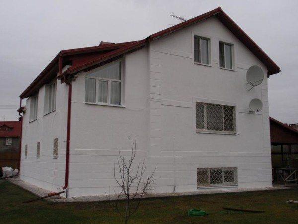 Обработка внешних стен дома