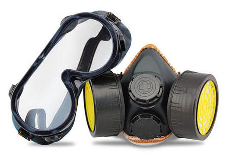 Обязательно защитите глаза и горло с помощью респиратора и специальных очков