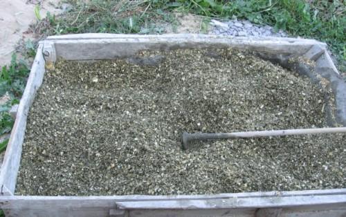 Опилки с цементом