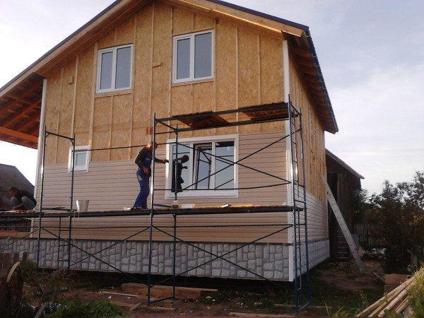 Отделка фасада сайдинг-панелями