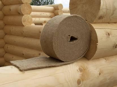 Пакля чаще всего используется для заделки межвенцовых стыков деревянных построек