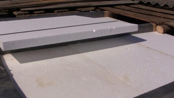 Пенопласт часто используется для утепления перекрытий