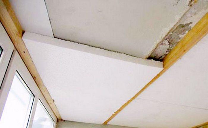 Как утеплить потолок на балконе своими руками?.