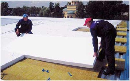 Пенопласт на плоской крыше