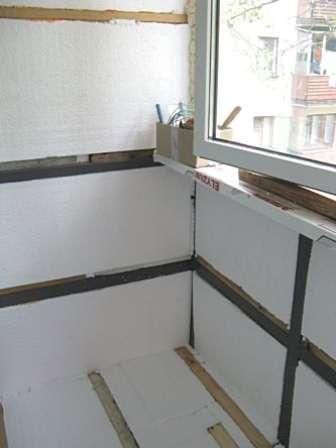 Пенопласт подходит и для балкона, и для скважины