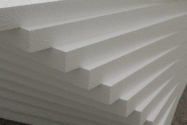 Плиты пенопласта для утепления стен.