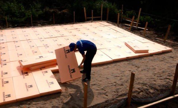 Плиты серии «основа» можно укладывать под плитный фундамент