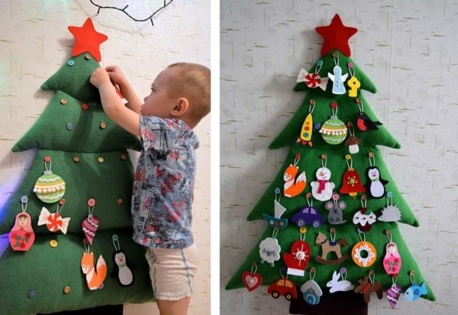 Плоские новогодние елки на стене фото