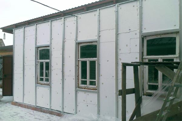 Применение полимера для наружной теплоизоляции стен частного дома