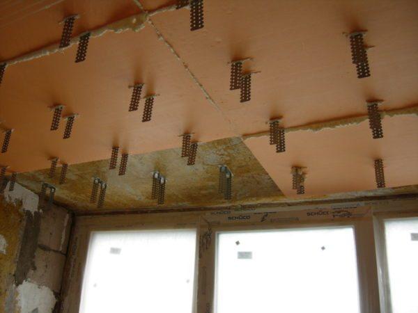 Пример монтажа пеноплекса на потолок под каркас