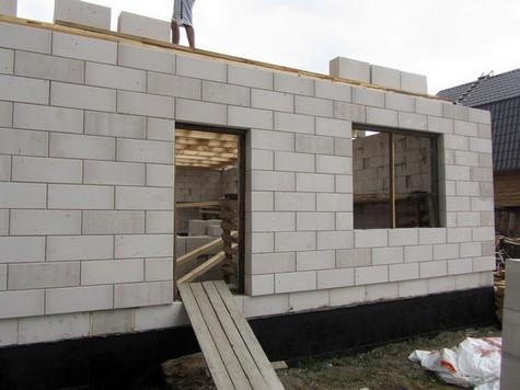 Пример стены из газоблока