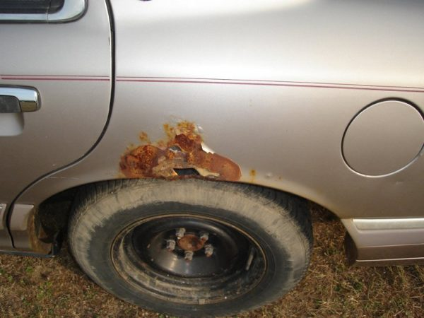 Пример того, что происходит машиной, «живущей» в неутеплённом гараже