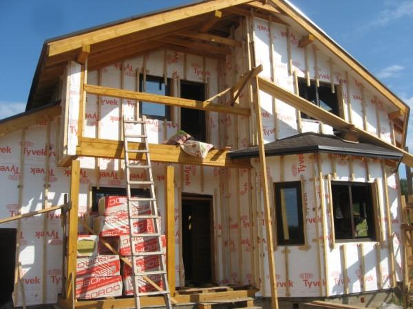 Работы по теплоизоляции стен деревянного дома
