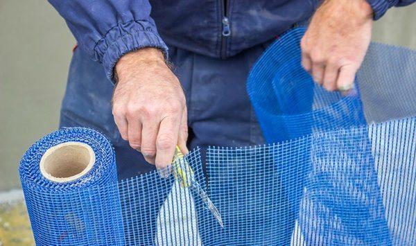 Разрезка стекловолоконной сетки