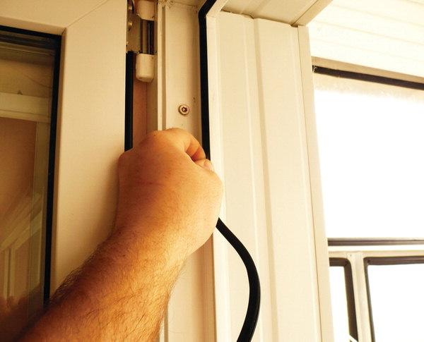 Ремонт и утепление пвх окон резиновым уплотнителем